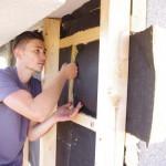 Fassadendämmung beim Dachdecker Videodreh. Foto: Stephanie Pletsch