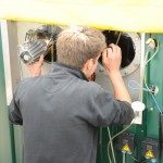 Überprüfung des Substrats in der Gäranlage